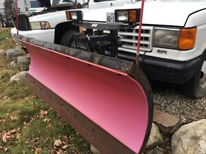 Western 7ft 6 snow plow with ford  and dodge mount