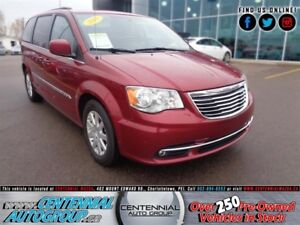 Chrysler Town - Country 4dr Wgn Touring 2015