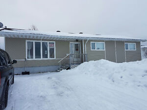 Home For Sale in Longlac
