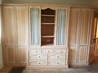 Lime Oak Fitted Bedroom Furniture - FREE OF CHARGE!