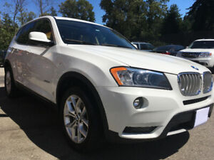 2013 BMW X3 28i WHITE ON IVORY LOW MILEAGE, LOCAL.