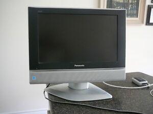 """19"""" Panasonic TV"""