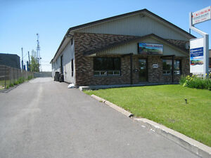 Local commercial a Longueuil