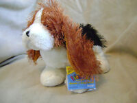 BRAND NEW RETIRED BASSET HOUND WITH NO HEART TAG SEALED CODE