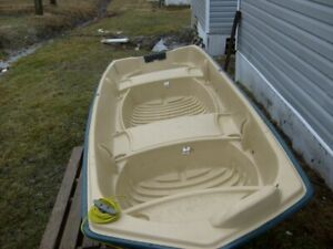 Peligan 10 foot flat bottom boat