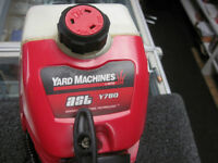 WEED EATER YARD MACHINES A GAZ POUR SEULEMENT $129.95