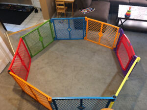 North States Superyard Colorplay Ultimate Playard with Extension