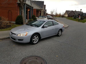 Super clean 2003 Honda Accord Full option Coupe low km 2.4L 4cly