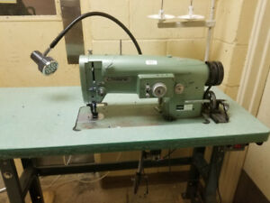 Consew zig zag model 146RB-1A industrial sewing machine