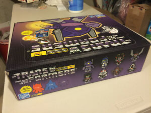 The Loyal Subjects Transformers Series 2 Full Display Flat MISB Cambridge Kitchener Area image 5