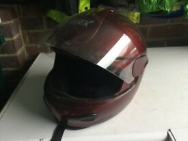 Crash helmit