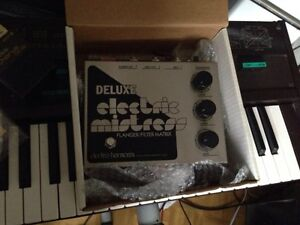 EHX deluxe electric mistress reissue