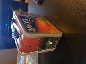 Battlestar galactica metal lunchbox