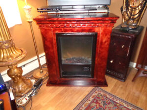 VERY NICE ELECTRIC FIREPLACE