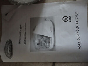 Brand new in box 1.5 cup food chopper kitchen accessory London Ontario image 5