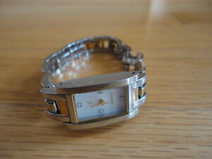 Women's Fossil silver gold two tone wristwatch Like new
