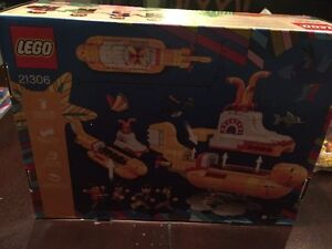 LEGO - The Beatles Yellow Submarine - Limited Edition New In Box