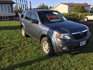 2011 Mazda Tribute SUV, Crossover