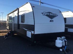 2019 Avenger 27 RKS REAR KITCHEN!!