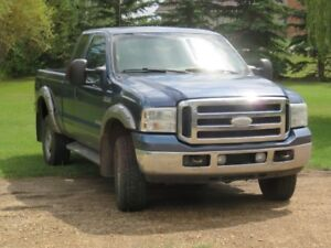 2005 Ford F-350 FX-4 Extended Cab Pickup Truck
