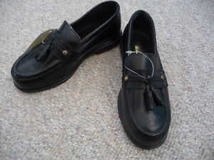 Brand New Black Dress Shoes With Tassels - Child's Size 11 or 12 London Ontario image 4