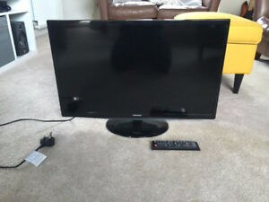 """Samsung 28"""" Inch LED Flat Screen TV With Original Remote"""