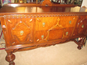 GORGEOUS! ANTHES BAETZ~WALNUT Sideboard~A+ Cond~FREE DELIVERY!!