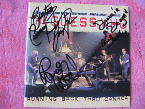 The Guess Who booklet signed Gatineau Ottawa / Gatineau Area image 1