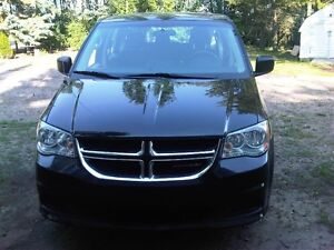 2014 Dodge Grand Caravan Minivan, Van