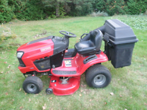 Craftsman lawn mower tractor used 10 times