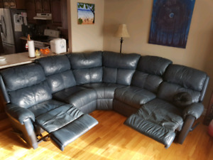Leather reclining sectional sofa couch