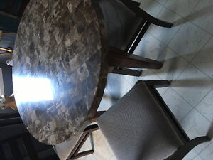 Round marble top table with 4 chairs Peterborough Peterborough Area image 1