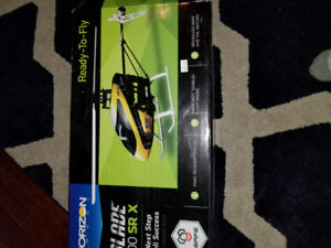 Blade 200 SRX RC helicopter