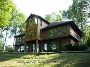 Large Contemporary House for Rent - Weekly, Weekend