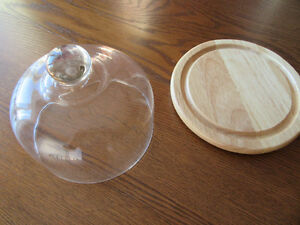 Cheese tray with glass dome London Ontario image 1