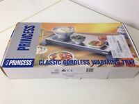 Mains powered warming tray / hot plate by Princess - barely used and in immaculate condition