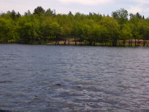 4.5 ACRES ON THE SALMON RIVER, SOUTHWEST OF CHIPMAN, NB