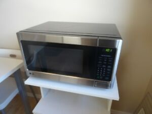 Lg Stainless Steel Microwave with cart