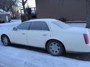 2004 Cadillac DeVille White Sedan