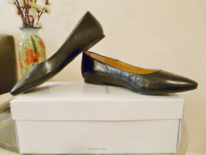 Brand New!! Nine West Black Flats