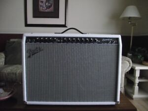 Fender Champion 100  Amplifier