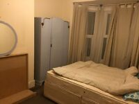 AVAILABLE NOW..HUGE DOUBLE ROOM..Perfect for couples or for two friends..£150 pw(bills inc)