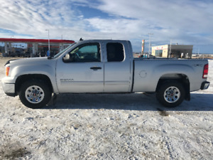 "2011 GMC Sierra 1500 SLE Pickup Truck ""REDUCED"""