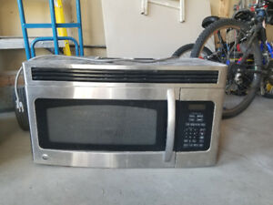 "GE 30 "" over the range microwave .Good condition  100 obo"