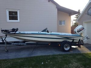 1993 Hydra-Sports X270 Bass Boat
