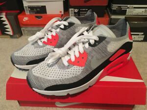 "Nike Air Max 90 Ultra 2.0 Flyknit"" shoes in size 9 US"