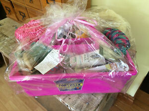 Amazing equestrian and pet lover gift baskets brand-new Cambridge Kitchener Area image 1