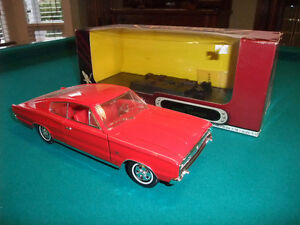 1966 Dodge Charger 1:18 Scale