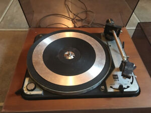 Dual 1019 turntable: Looking for someone to restore/repair it.