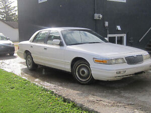 1995 Mercury Grand Marquis GS Sedan